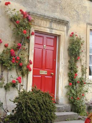 detail, door with roses, moreton-in-marsh