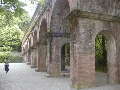 giant aqueduct at nanzenji