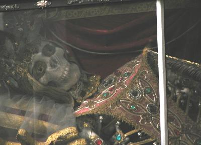 detail, st. mundita, her whole skeleton is in there and be-decked with 