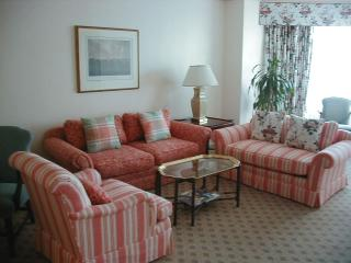 living room at windsor court